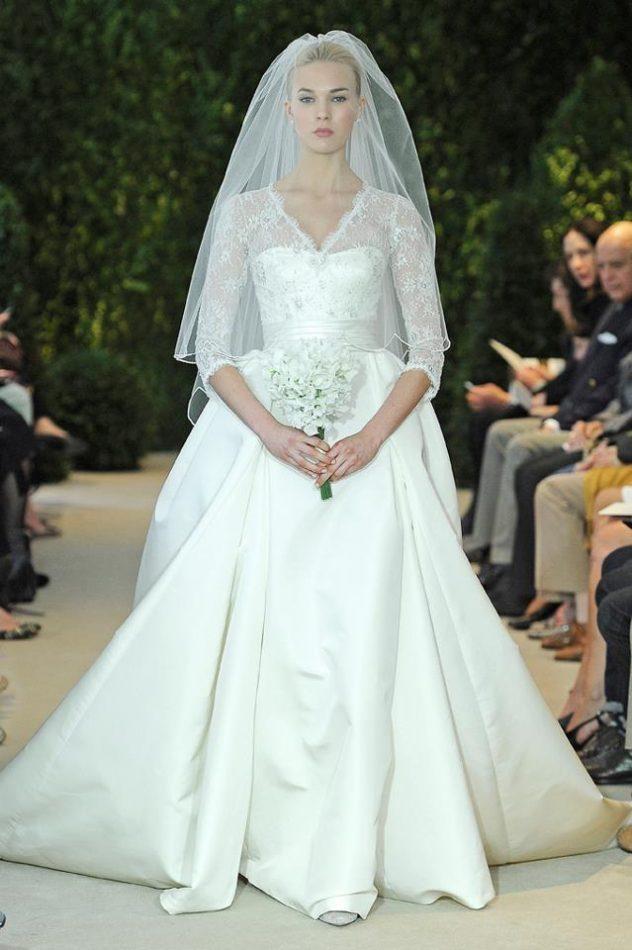 12ae253f0 Sobre este vestido  El vestido de satén con la manga tres cuartos