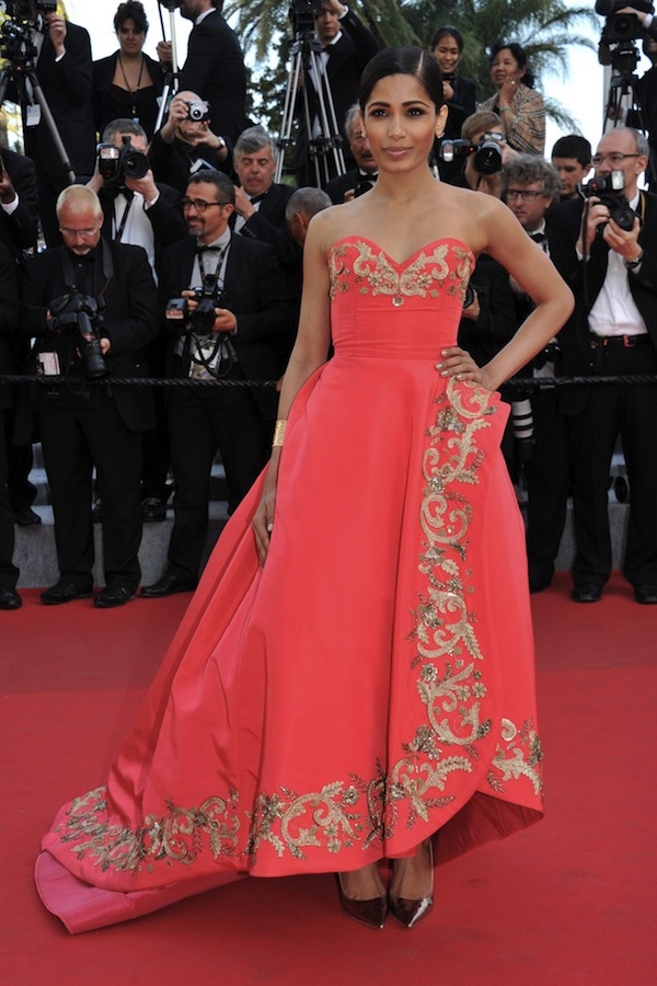 Freida-Pinto-in-Oscar-de-la-Renta-Fall-2014-at-Cannes-Film-Festival-2014