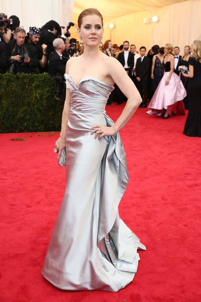 amy-adams-in-oscar-de-la-renta