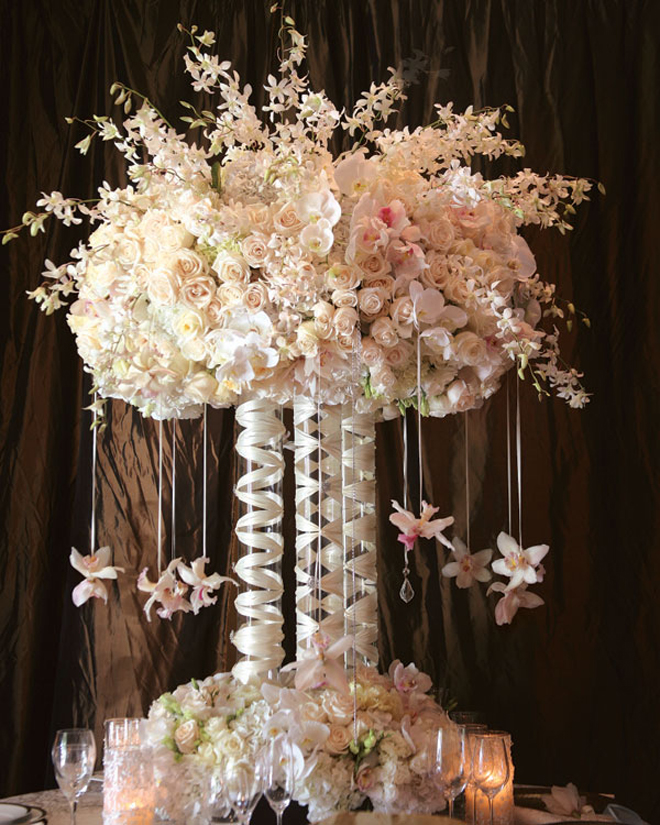 centerpiece-floral-arrangement-wedding-decor-flowers-49a