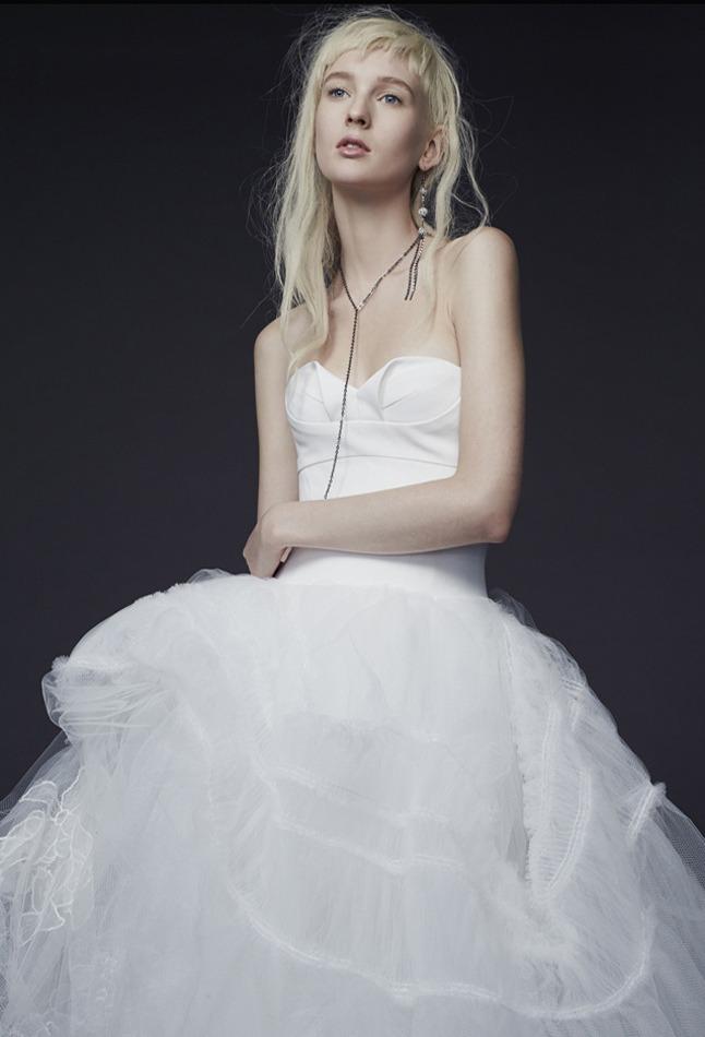 Vera Wang - Signature | Farah Novias