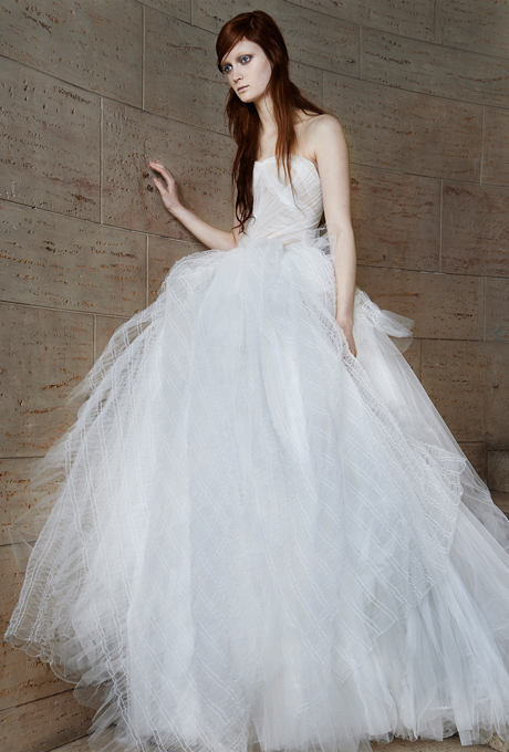 vera-wang-wedding-dresses-spring-2015-023