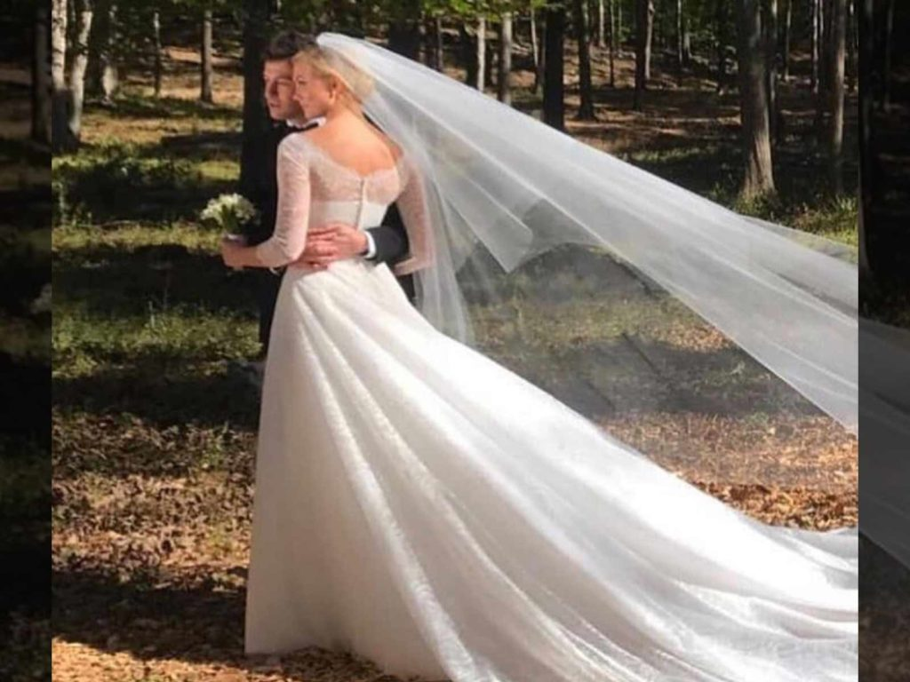 Karlie Kloss Wedding dress Dior