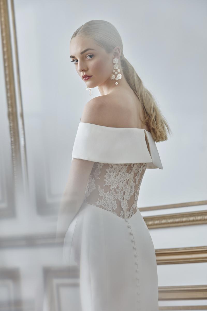Sareh Nouri Fall 2021 Edith gown