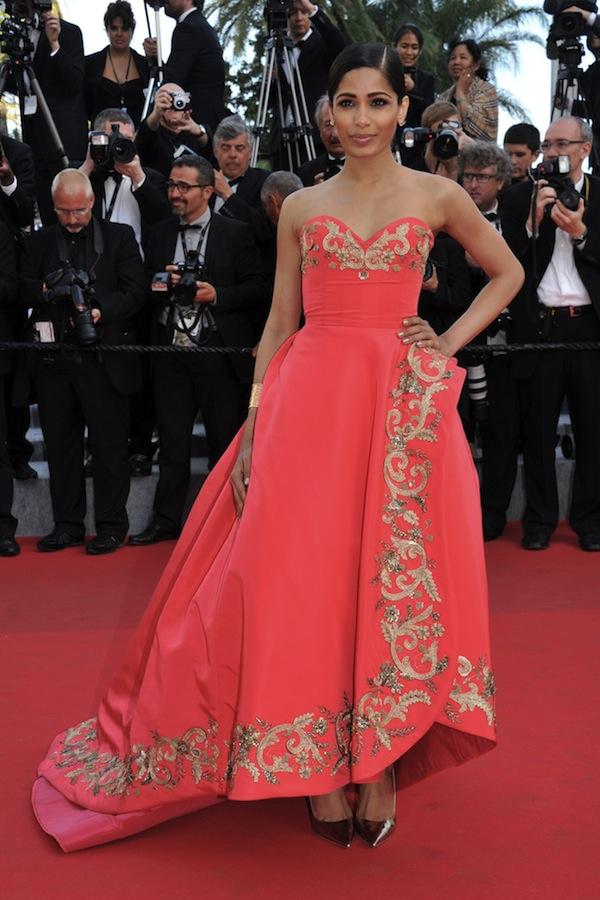 Freida-Pinto-in-Oscar-de-la-Renta-Fall-2014-at-Cannes-Film-Festival-2014