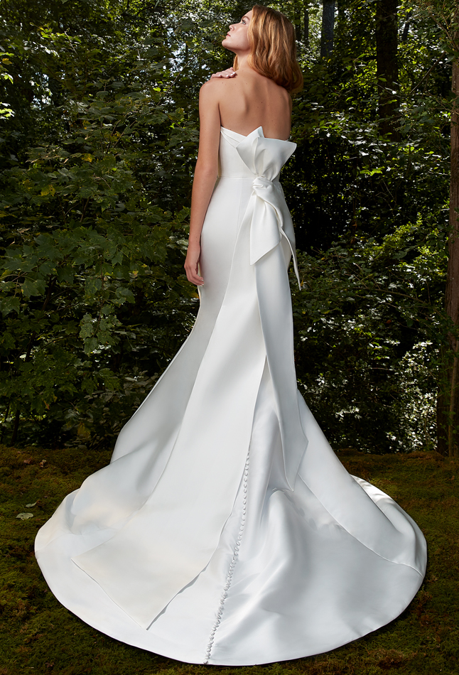 Anne Barge 2021 Bisous gown