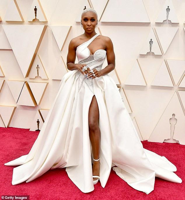 Cynthia Erivo -Atelier Versace- Oscars 2020 red carpet