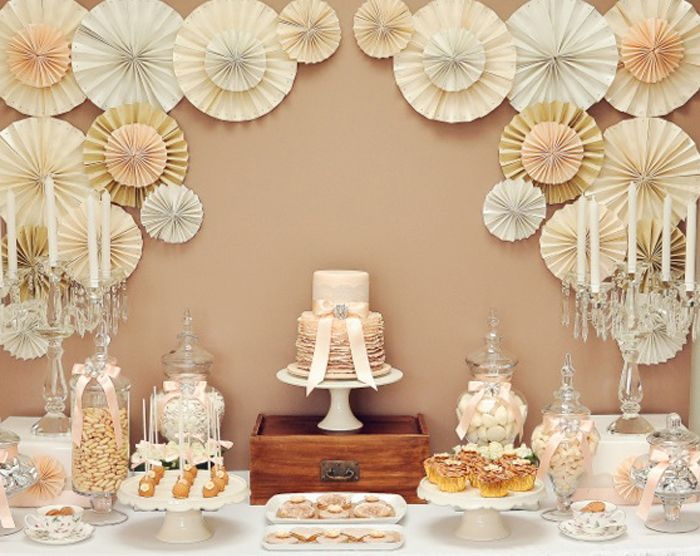 paper-fans-for-sweet-table-wedding-dessert-table-style-by-PJ-Design