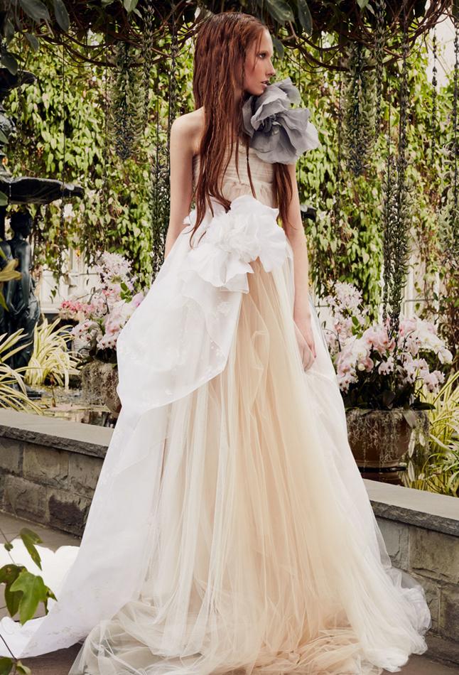 Vera Wang Novia primavera 2020 / Petunia