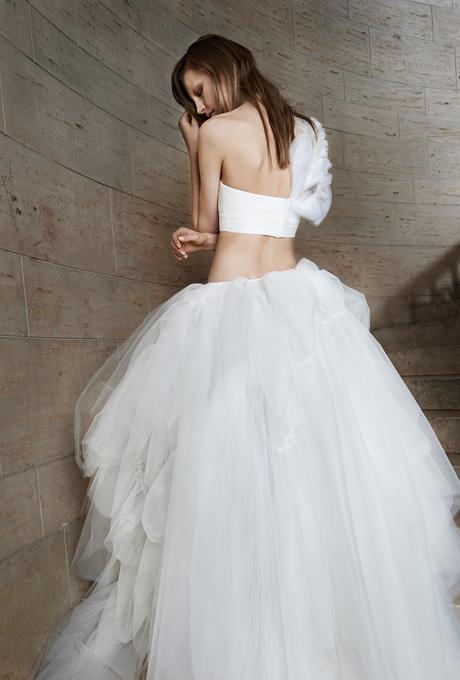 vera-wang-wedding-dresses-spring-2015-024