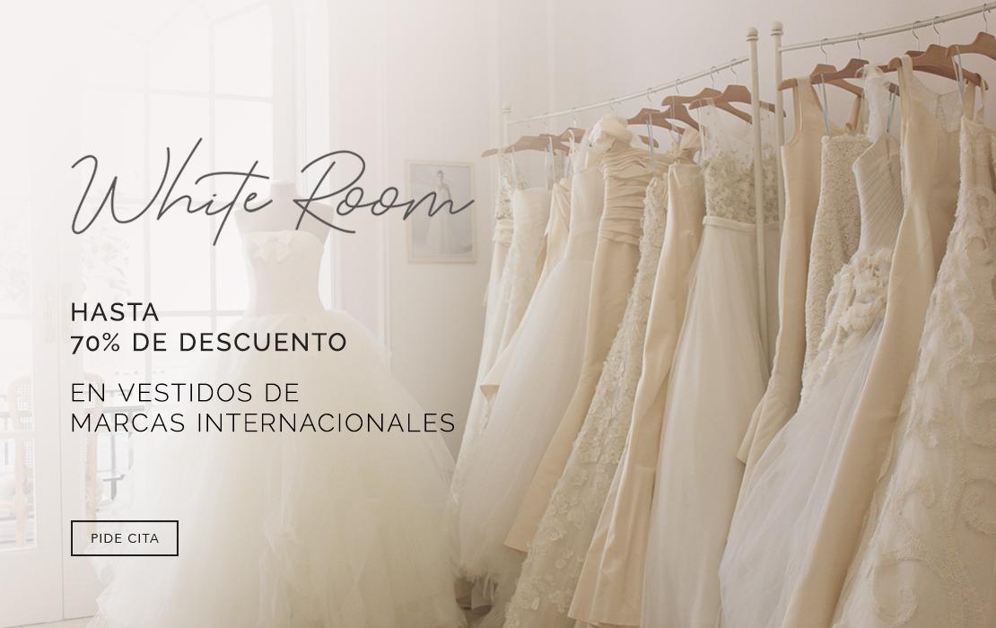Farah Novias - White Room