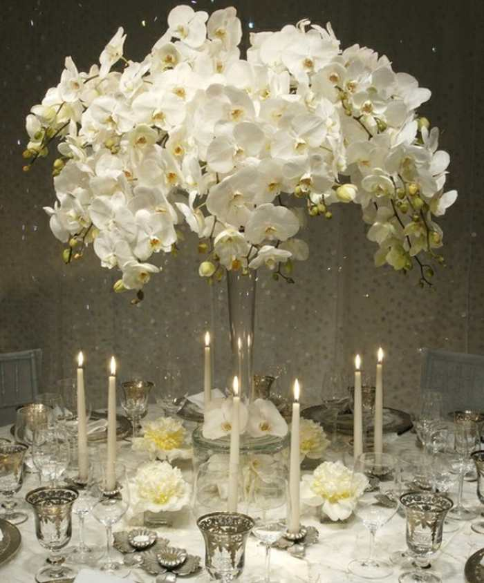 winter-wedding-flowers-centerpieces